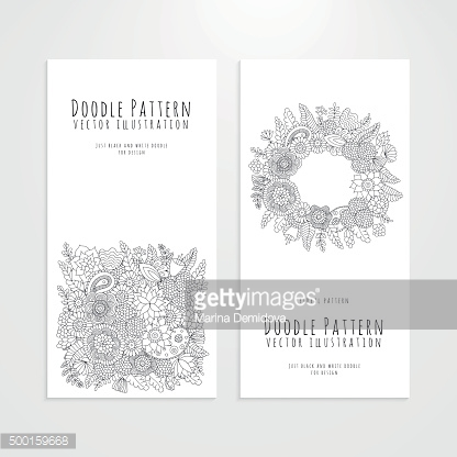 Set flyers with floral doodle pattern
